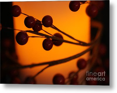 Metal Print featuring the photograph Holiday Warmth 2 by Linda Shafer