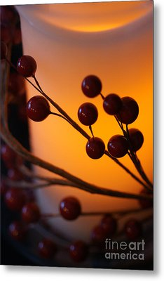 Holiday Warmth By Candlelight 1 Metal Print by Linda Shafer
