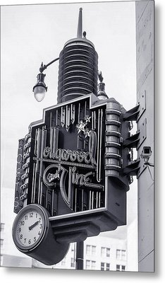 Hollywood Landmarks - Hollywood And Vine Sign Metal Print