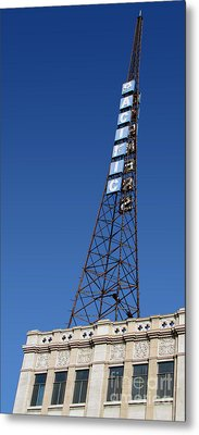 Hollywood Pacific Theatre Tower Metal Print by Gregory Dyer