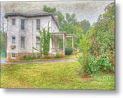 Metal Print featuring the photograph Home Is Where The Heart Is by Liane Wright
