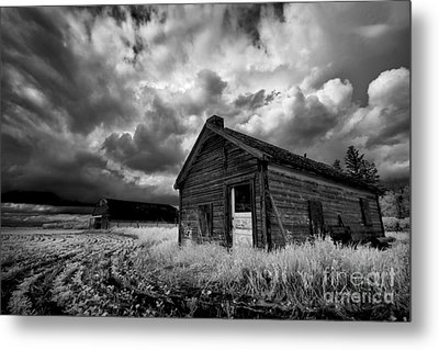 Homestead Under Stormy Sky Metal Print