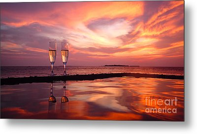 Honeymoon - A Heart In The Sky Metal Print