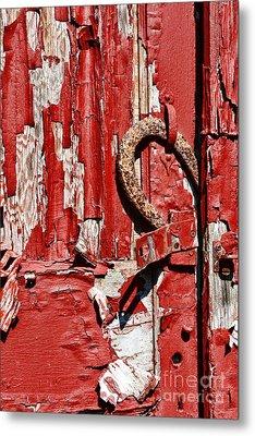 Horseshoe Door Handle Metal Print by Paul Ward
