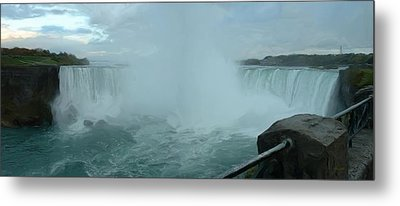 Metal Print featuring the photograph Horseshoe Falls by Dennis Lundell