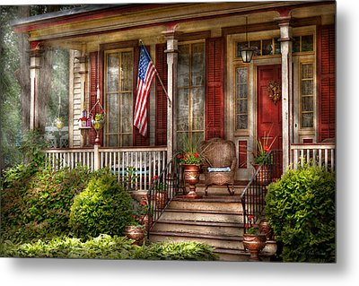 House - Porch - Belvidere Nj - A Classic American Home  Metal Print by Mike Savad