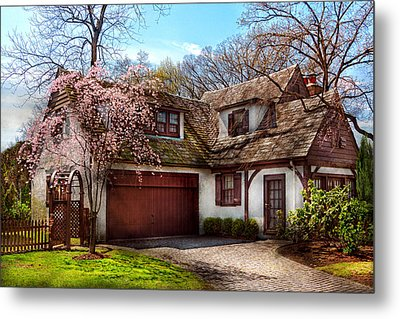 House - Westfield Nj - Who Doesn't Love Spring  Metal Print by Mike Savad