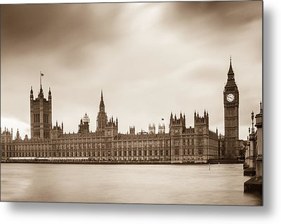 Houses Of Parliament And Elizabeth Tower In London Metal Print by Semmick Photo
