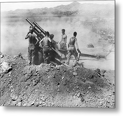 Howitzer Shelling In Korea Metal Print by Underwood Archives