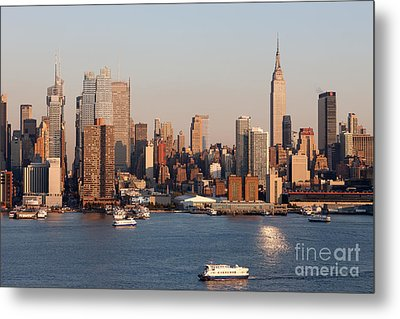 Hudson River And Manhattan Skyline I Metal Print by Clarence Holmes