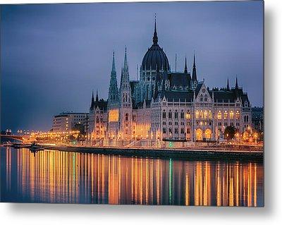 Hungarian Parliament Dawn Metal Print by Joan Carroll