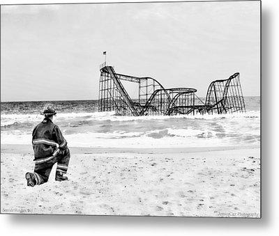 Hurricane Sandy Fireman Black And White Metal Print by Jessica Cirz