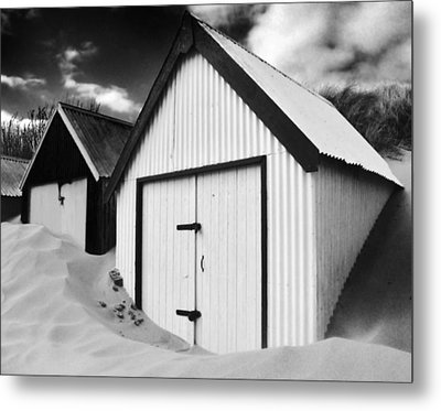 Huts In Sand Metal Print