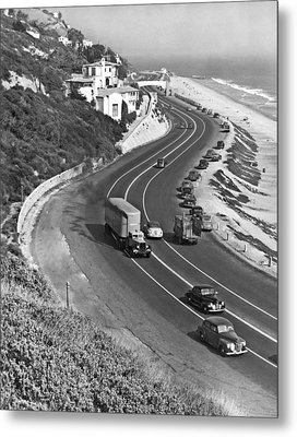 Hwy 101 In Southern California Metal Print by Underwood Archives