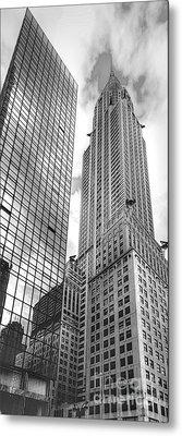 Hyatt And Chrysler Metal Print by David Bearden