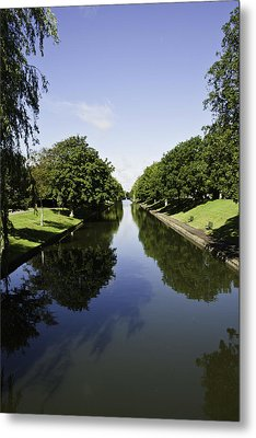 Hythe Military Canal Metal Print by Lesley Rigg
