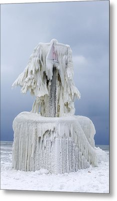 Ice Covered Warning Tower Along Lake Michigan In St. Joseph Michigan Metal Print