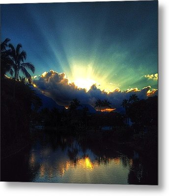 #igtube #igaddict #hawaiistagram Metal Print by Brian Governale