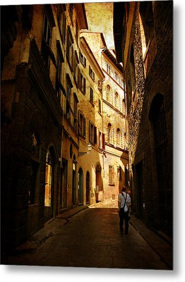 Metal Print featuring the photograph Il Turista by Micki Findlay