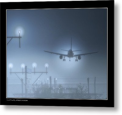Metal Print featuring the photograph Ils Landing by Pedro L Gili