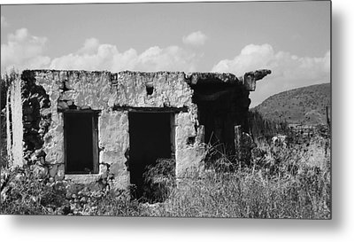 Metal Print featuring the photograph In Ruins by Diane Miller