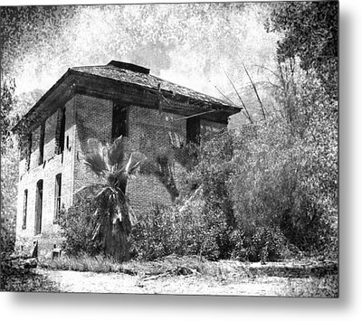 In Times Gone By  Metal Print by Glenn McCarthy Art and Photography