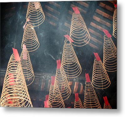 Metal Print featuring the photograph Incense Coils by Lucinda Walter