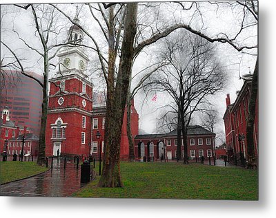 Independence Hall On A Rainy Morning Metal Print by Bill Cannon
