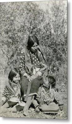 Metal Print featuring the photograph Indian Mother With Daughters by Charles Beeler