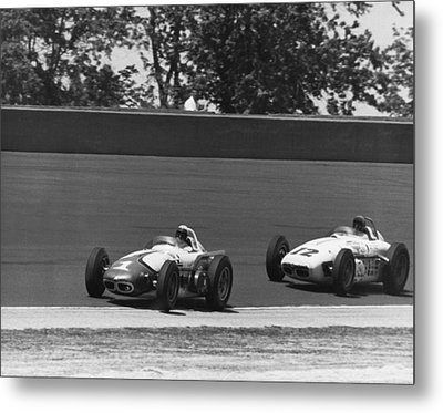 Indy 500 Race Cars Metal Print by Underwood Archives