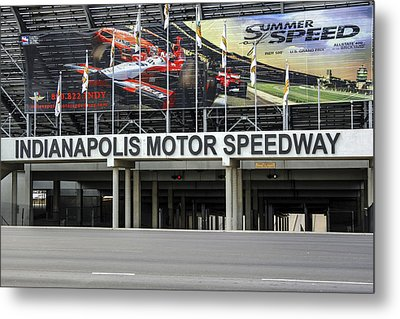 Indy Speddway Metal Print by Chris Smith