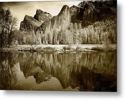 Infrared View Of Yosemite Metal Print