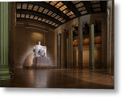 Inside The Lincoln Memorial Metal Print by Metro DC Photography
