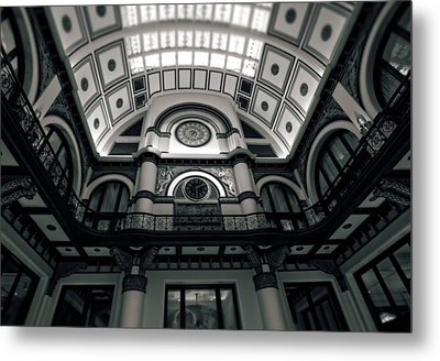 Inside Union Station Metal Print by Dan Sproul