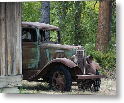 International At Cle Elum Metal Print by Jean OKeeffe Macro Abundance Art