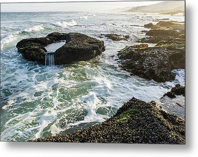 Intertidal Zone Impacted By Wave Action Metal Print