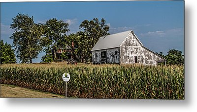 Iowa Farm Metal Print by Ray Congrove