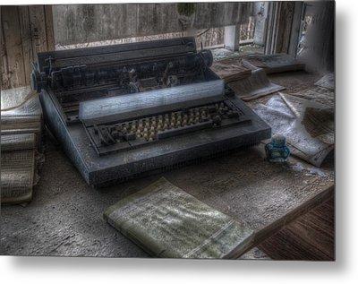 Iraq Typewriter  Metal Print