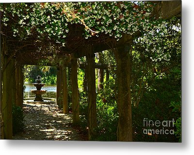 Italian Garden Pergola And Fountain Metal Print