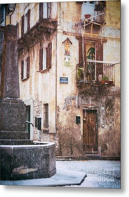 Metal Print featuring the photograph Italian Square In  Snow by Silvia Ganora