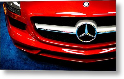 It's All Red Metal Print by Ronda Broatch