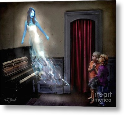 Ivory Ghost Metal Print by Tom Straub