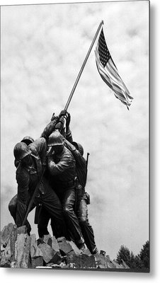 Iwo Jima Memorial Washington Dc Metal Print by Greg and Chrystal Mimbs