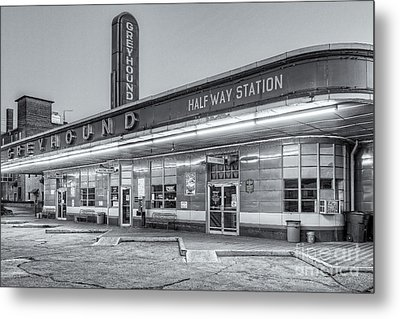 Jackson Greyhound Bus Station Iv Metal Print by Clarence Holmes