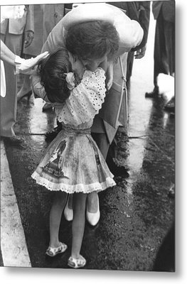 Jacqueline Bestows A Kiss Metal Print by Underwood Archives