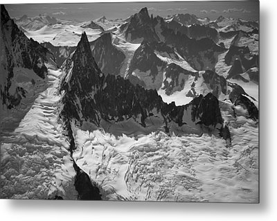Jagged Magnificence Metal Print by Roger Clifford
