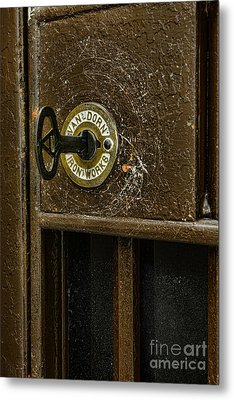 Jail Cell Door Lock  And Key Close Up Metal Print by Paul Ward