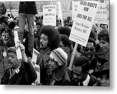 Jesse Jackson Surrounded By Marchers Metal Print by Stocktrek Images