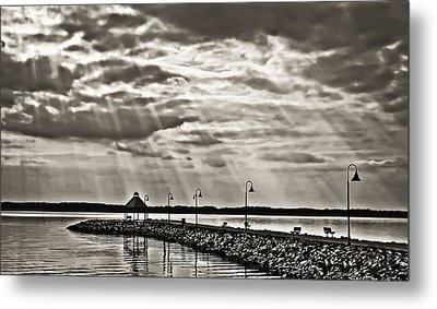 Jetty And Sunrays In Bw Metal Print by Greg Jackson