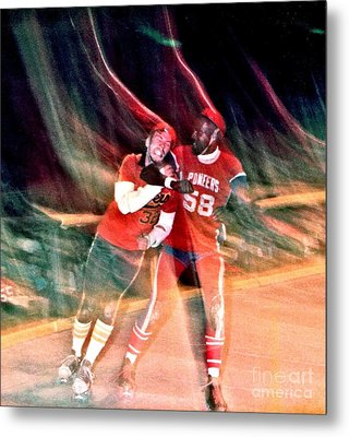 Jim Fitzpatrick Vs Charles Gipson Battling In Old School Roller Derby With The Sf Bay Bombers Metal Print by Jim Fitzpatrick